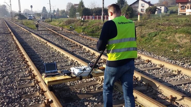 GeoSpectrum - Badania georadarowe nasypu kolejowego