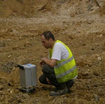GeoSpectrum - Microgravimetric survey to locate the wandering voids being the result of shallow mining