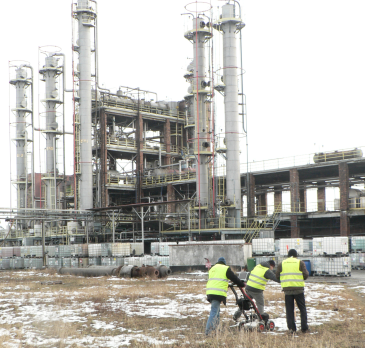 GeoSpectrum - GPR acquisition in the chemical plants in order to identify the old foundations remnants, unknown infrastructure and fuel tanks, performed for the new investment