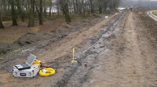 GeoSpectrum - Seismic (MASW 2D) surveys to determine the depth of the bottom of exposed CDMM diaphragm at modernizing levee